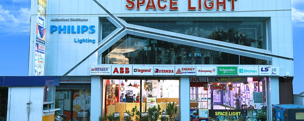 Face view Space Light Showroom